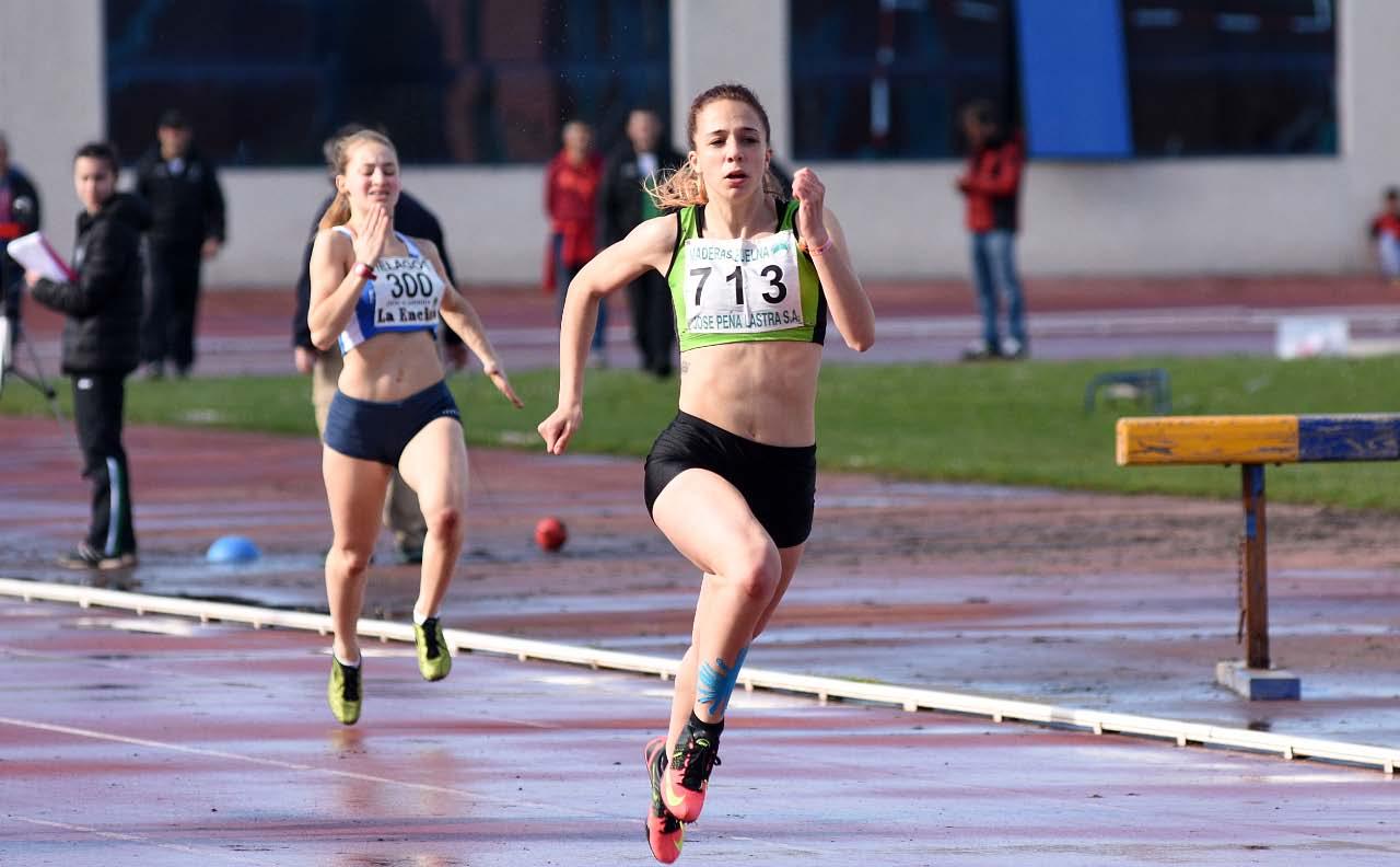 16-4 Lara Gomez 100