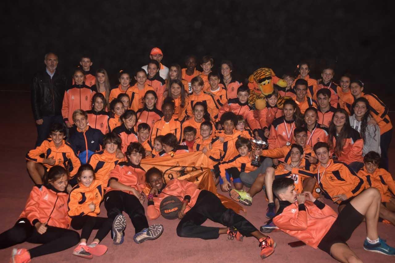 29-10-marea-naranja