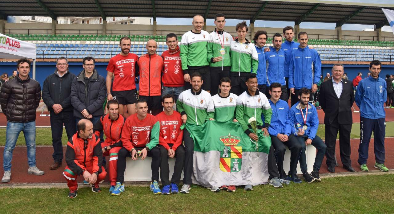 4-12-podium-masc-clubes