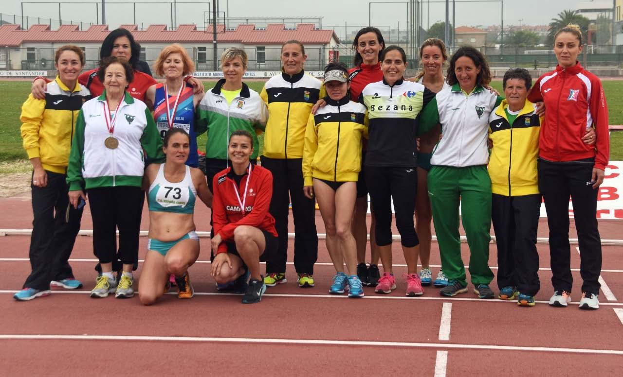 11-6 Foto de Grupo Mujeres