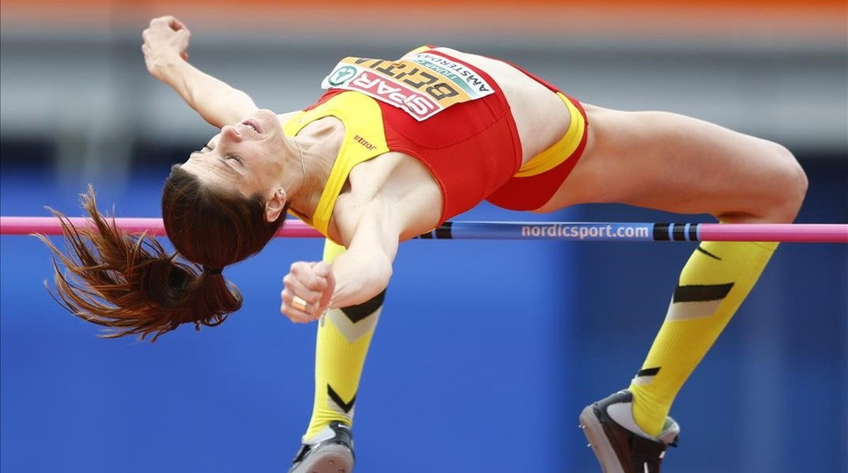 Spain s Ruth Beitia makes an attempt in the women s high jump final during the European Athletics Championships in Amsterdam the Netherlands Thursday July 7 2016 AP Photo Matthias Schrader